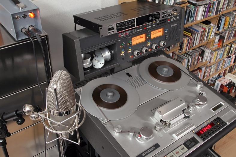 tape 100