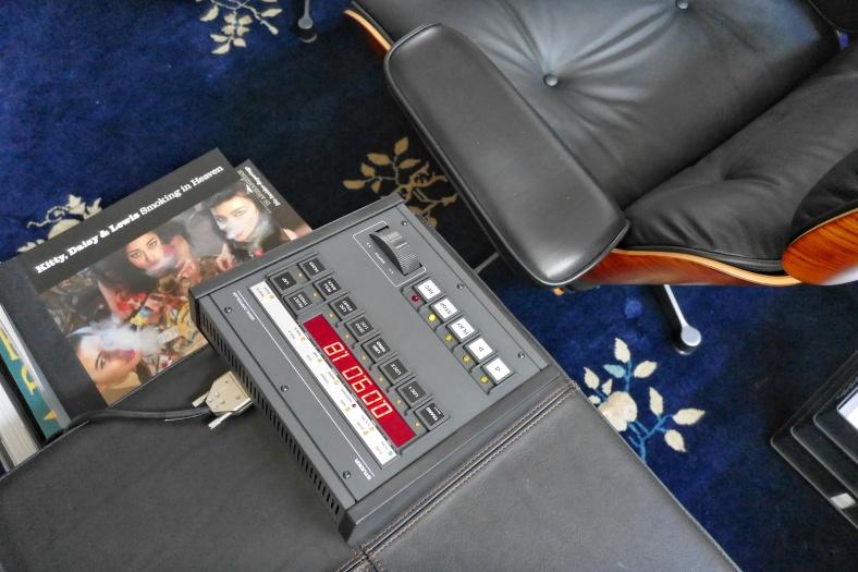 remote 8